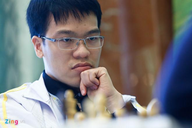 Lê Quang Liêm bị cầm hòa bởi đối thủ kém hơn 300 điểm elo
