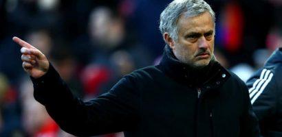 Mourinho thừa nhận cuộc chiến top 4 rất khó khăn
