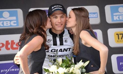 Tour de France lên kế hoạch bỏ người mẫu trao giải