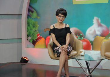 Nghệ sĩ Phương Dung chia sẻ bí quyết giúp U60 vẫn trẻ trung, xinh đẹp