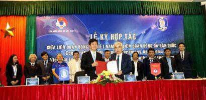 'Mong bóng đá Việt Nam vươn tầm châu Á và trở thành thế lực'