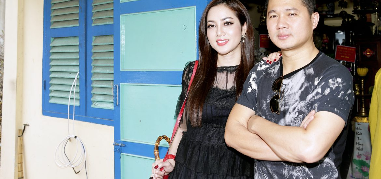 Vợ chồng Lâm Vũ làm từ thiện nhân dịp năm mới