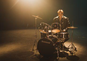 Châu Đăng Khoa: Kiếm tiền tỷ từ siêu hit 'Người lạ ơi'