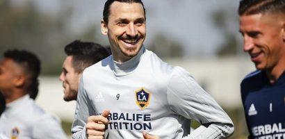 Ibrahimovic cười tươi khi lần đầu tập cùng LA Galaxy