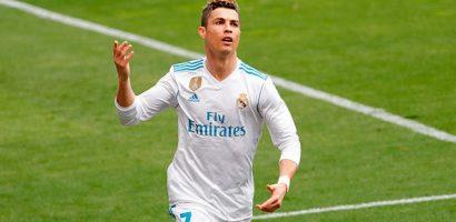 Tuổi 33, giá trị Ronaldo cao hơn cả 9 năm trước