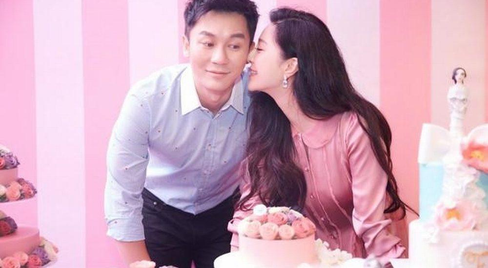 Mạng Trung Quốc đăng thiệp cưới của Phạm Băng Băng và Lý Thần