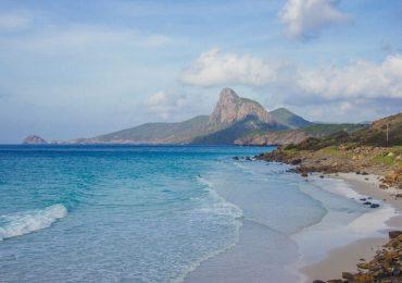 Mùa hè về Côn Đảo ngắm biển trời xanh ngát