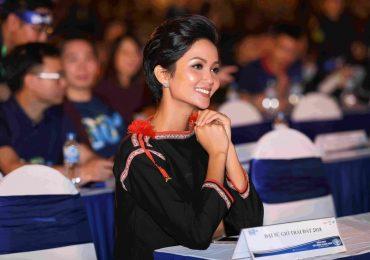 Hoa hậu H'Hen Niê làm Đại sứ chiến dịch 'Giờ Trái đất 2018'