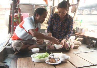 Hát mãi ước mơ: Chân dung người đàn ông 40 năm thầm lặng vớt xác người tự tử trên sông SG
