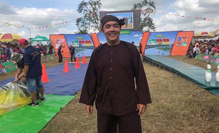 Quốc Thuận trải lòng khi thay Quyền Linh làm MC 'Vượt lên chính mình'