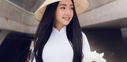 Người đẹp Ngọc Trân nền nã với áo dài trắng tại Seoul Fashion Week