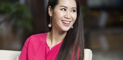 Hoa hậu Dương Thùy Linh khoe vẻ đẹp thuần khiết, sắc sảo
