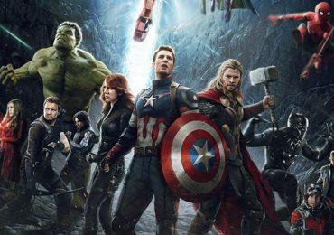 'Avengers: Cuộc chiến vô cực': Khán giả gào thét, đại chiến hùng tráng chưa từng thấy