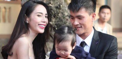 Con gái 4 tuổi, Thủy Tiên đã dạy dỗ chuyện tiền bạc