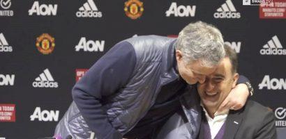 Mourinho làm điều hiếm thấy trong lịch sử bóng đá