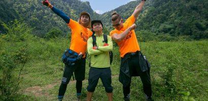 Victor Vũ – Đinh Ngọc Diệp cùng ê-kip 'Người bất tử' chinh phục các hang động Quảng Bình