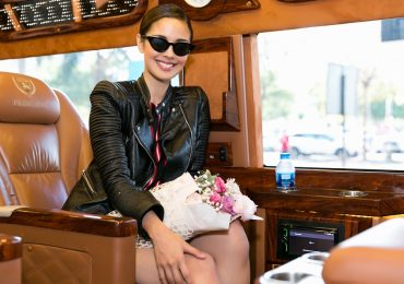 Hoa hậu Thế giới 2013 – Megan Young đẹp rạng ngời tại sân bay Việt Nam