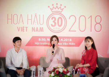 Á hậu Diễm Trang rạng rỡ tuyển sinh cho Hoa hậu Việt Nam