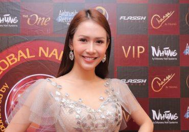 Hoa hậu Phan Thu Quyên khoe vẻ trẻ trung dự sự kiện