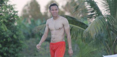 Ngắm body cực chuẩn của Ngọc Hải và đồng đội bên hồ bơi