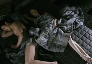 Cảnh nóng phim Hàn: Lộ càng nhiều da thịt, cát- xê càng cao