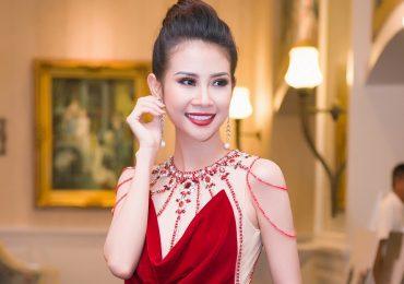 Liên Phương diện đầm đỏ rực tại đêm chung kết 'Người mẫu thời trang VN'