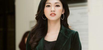 Á hậu Thanh Tú cuốn hút với vest nhung, nổi bật tại sự kiện