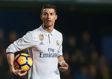 Vì World Cup 2018, Ronaldo chấp nhận 'xuống nước' với cơ quan thuế