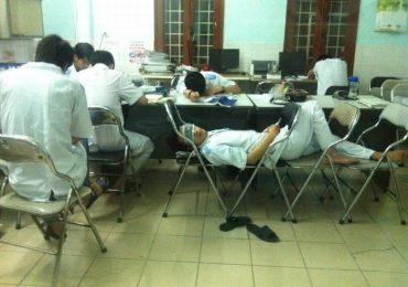 Sinh viên trường Y: Ăn tranh thủ, ngủ khẩn trương, ế là chuyện thường