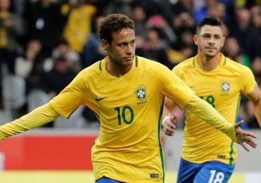 Mua bản quyền World Cup là món hời hay khoản lỗ?