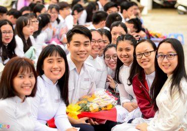Teen Trần Đại Nghĩa rạng rỡ ngày chia tay tuổi học trò