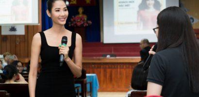 Á hậu Hoàng Thùy truyền nhiệt huyết cho sinh viên trẻ