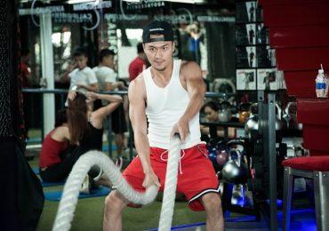 Diễn viên Xuân Phúc miệt mài 8 năm trong phòng gym để có cơ thể tượng đồng