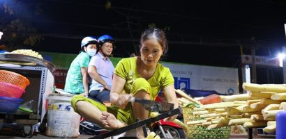 Giữa lòng Sài Gòn nghe tiếng rọc mía suốt đêm ngày