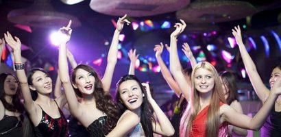 Người mẫu quốc tế: Cạm bẫy từ những bữa tiệc ở bar