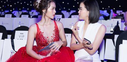 Diệp Bảo Ngọc làm công chúa, Cao Thái Hà liều mình diện váy xẻ cao đùi