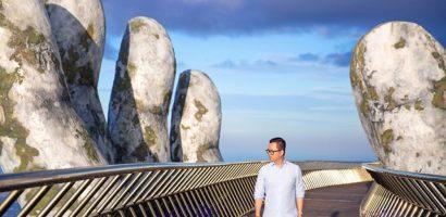Đạo diễn Long Kan hé lộ sàn catwalk 'lơ lửng giữa không trung'