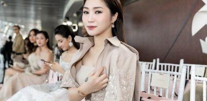 Hương Tràm khoe đồng hồ và bộ trang sức tiền tỉ tại show diễn NTK Chung Thanh Phong