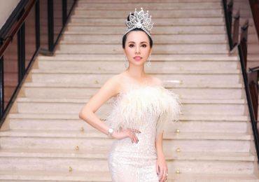 Châu Ngọc Bích lộng lẫy đi chấm thi Hoa hậu tại Thái Lan