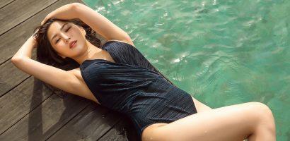 Hương Tràm diện bikini một mảnh, cuốn hút với 'đường cong' nóng bỏng
