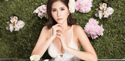 Á hậu Hoàng Hạnh diện váy hở, khoe vòng một sexy