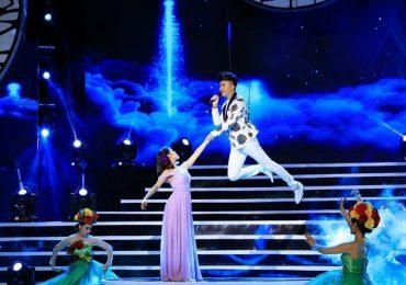 Nam Cường 'cháy hết mình' với tình yêu của khán giả trong liveshow kỷ niệm 10 năm ca hát