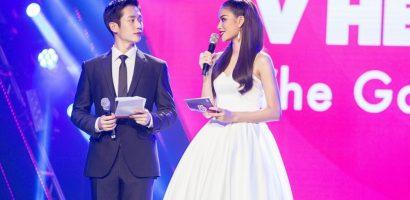 Hoa hậu Phạm Hương tay trong tay cùng 'Nam thần' Jung Hae In