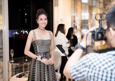 Hoa hậu Phạm Hương thần thái rạng tại sự kiện