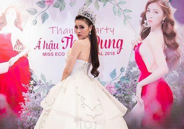 Á hậu Thư Dung 'chơi trội' thay 5 bộ váy sang chảnh tại sự kiện