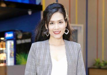 'Nguyệt thảo mai' Hà Hương lấn sân sang màn ảnh rộng