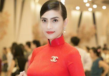 Trương Thị May diện áo dài nền nã, tìm kiếm 'Gương mặt Nữ sinh áo dài 2018'
