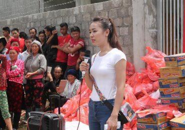 'Người đẹp nhân ái' Hồng Nhung hết lòng cứu trợ người dân vùng lũ Hà Giang