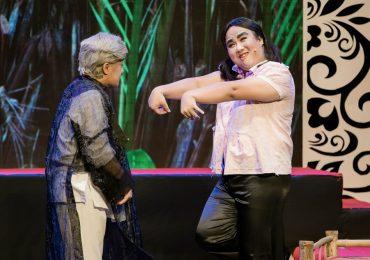 Nghệ sĩ Minh Nhí tung hứng ăn ý với Gia Bảo trong minishow 'Vẽ 1 nụ cười'