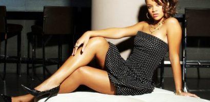 Rihanna: 'Tôi yêu số đo vòng một, mông và đùi của mình'